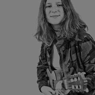http://olaturon.pl/wp-content/uploads/2019/10/gitara-1.png